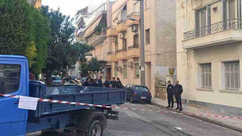 საბერძნეთის პოლიცია ცოლ-ქმრის მიმოწერას იკვლევს, ვიდრე ქალი შვილს აივნიდან გადმოაგდებდა