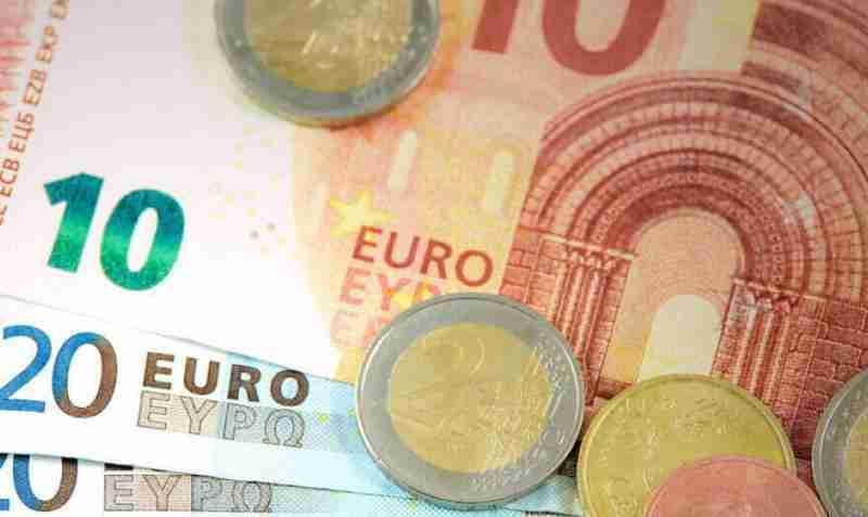 5 წლიანი პატიმრობა საბერძნეთში ხალხისგან ფულის უკანონო შეგროვების ბრალდებით